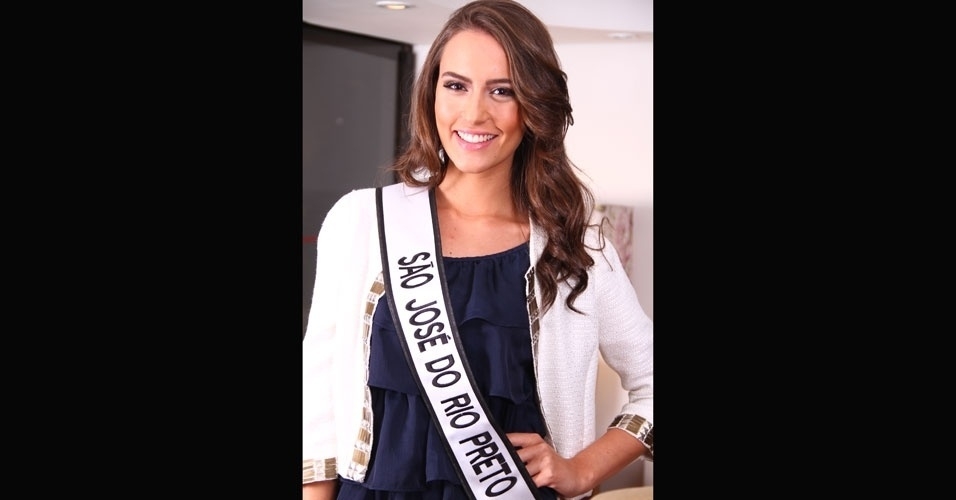 Miss S&#227;o Jos&#233; do Rio Preto, Francine Gomes, 21