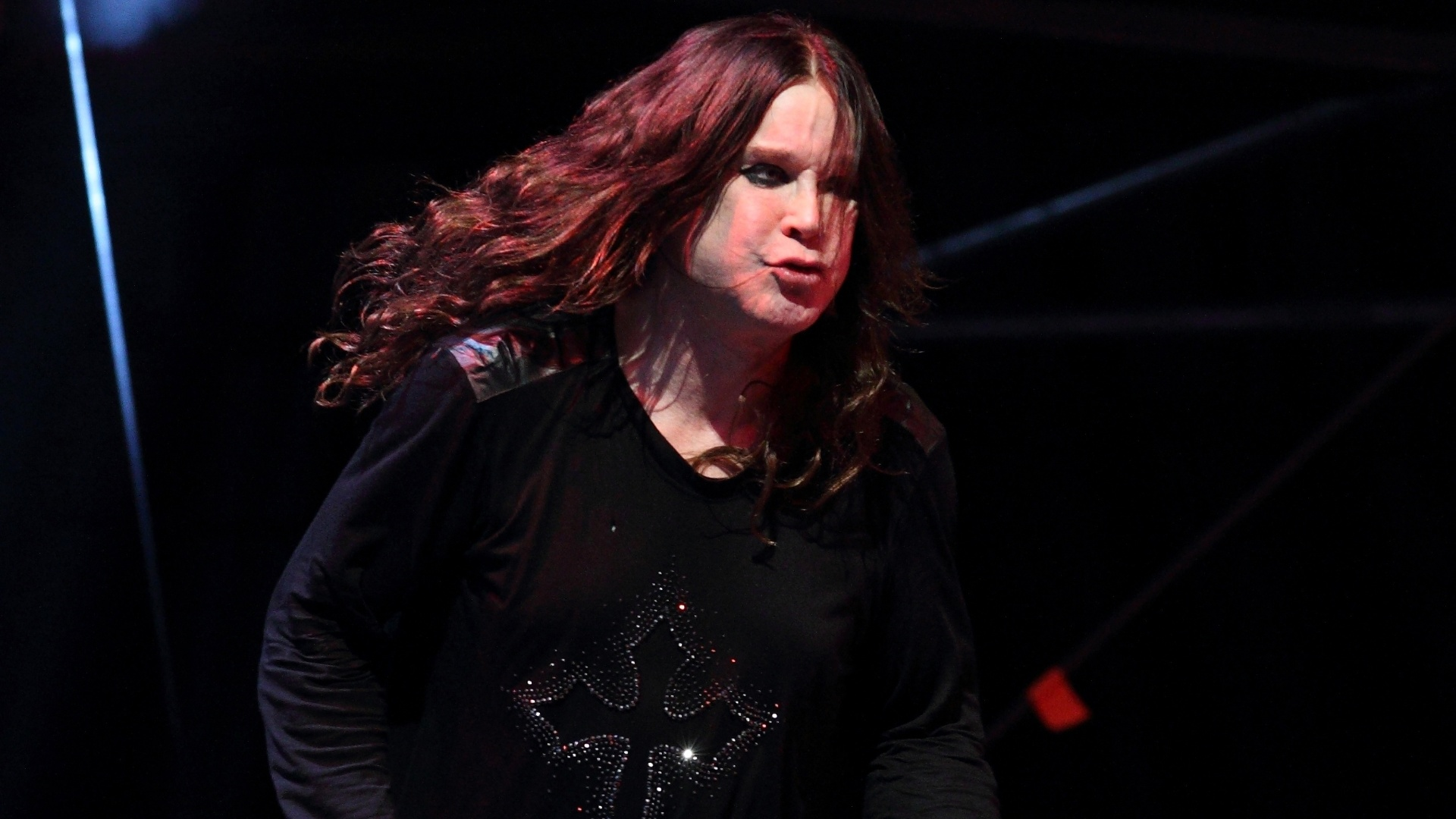 O Black Sabbath toca no festival Lollapalooza em Chicago. A banda anunciou a volta de sua formação clássica para alguns shows em 2012 e foi a maior atração do primeiro dia do festival (3/8/12)