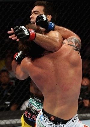 Com seu estilo de contra-atacar, Lyoto Machida conseguiu um grande nocaute sobre seu rival Ryan Bader
