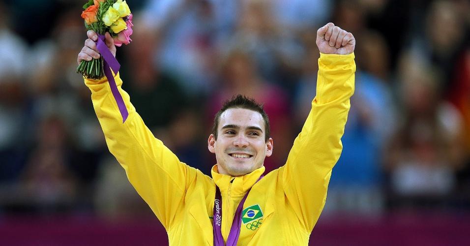 Arthur Zanetti comemora medalha de ouro nas argolas em Londres