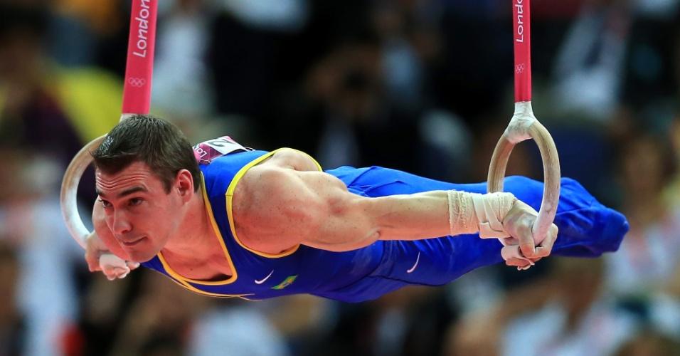 Arthur Zanetti se apresenta para ganhar o ouro nas argolas dos Jogos Olímpicos de Londres