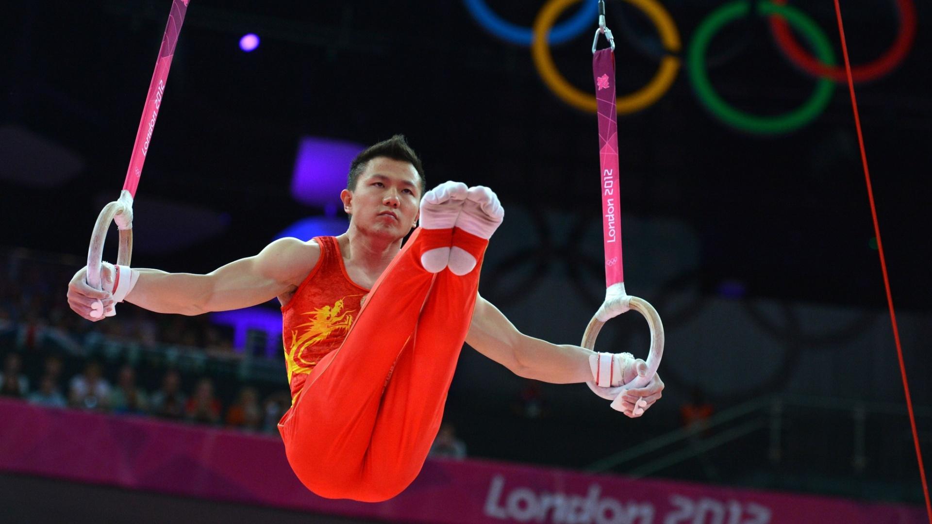 Yibing Chen se apresenta nas argolas; o chinês era favorito, mas foi superado pelo brasileiro Arthur Zanetti e ficou com a prata