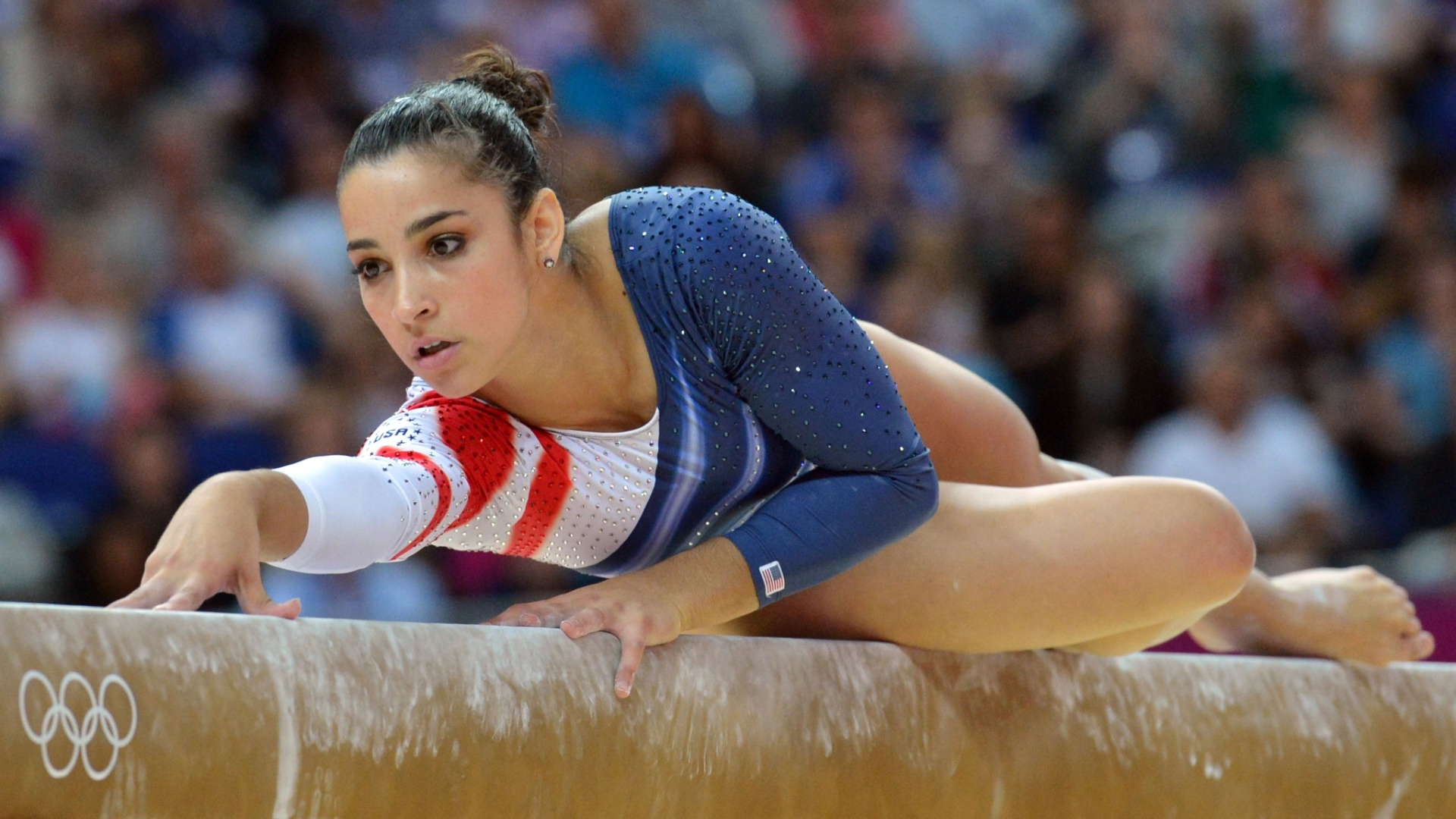 Alexandra Raisman se apresenta na trave; por uma revisão de nota, a norte-americana ficou com a medalha de bronze no aparelho