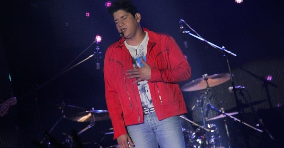 O cantor Diego durante a gravação do primeiro DVD da dupla sertaneja em show especial no Ondara Palace, em Campo Grande (7/8/12)