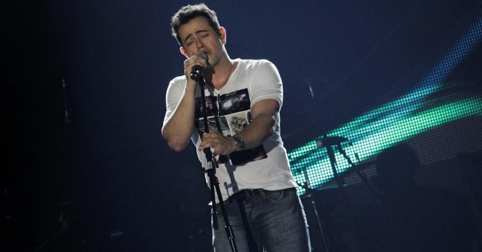 O cantor Henrique durante a gravação do primeiro DVD da dupla sertaneja em show especial no Ondara Palace, em Campo Grande (7/8/12)