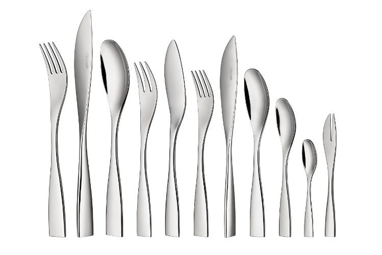 Do designer Claudio Colucci, o faqueiro da marca francesa Christofle é feito de aço inox. O conjunto com 48 peças custa R$ 2.900 na Christofle Brasil (11 3864-4288). Preços pesquisados em julho de 2012 e sujeitos a alterações