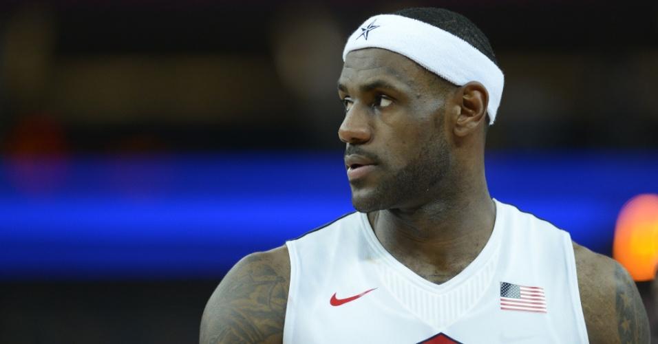 LeBron James, astro do Dream Team dos Estados Unidos após a vitória sobre a Argentina nas quartas de final do basquete