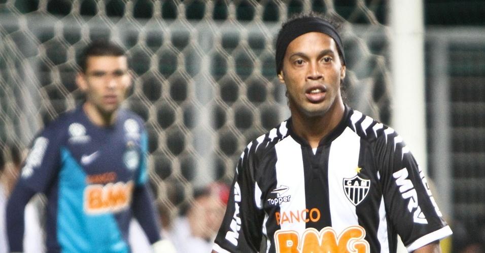 Ronaldinho gaúcho durante o jogo em que o Atlético-MG venceu o Coritiba (9/8/2012)