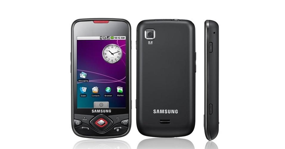 Samsung i5700 Galaxy Spice foi apresentado nos Estados Unidos em 2009; foi um dos primeiros da marca com o sistema Android