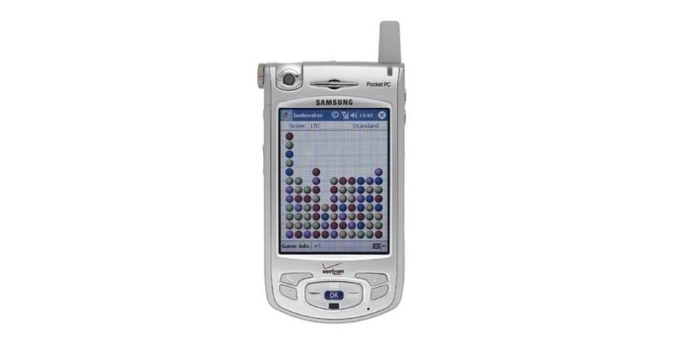 Smartphone Samsung i700 foi lançado em 2004 tinha sistema Windows Mobile