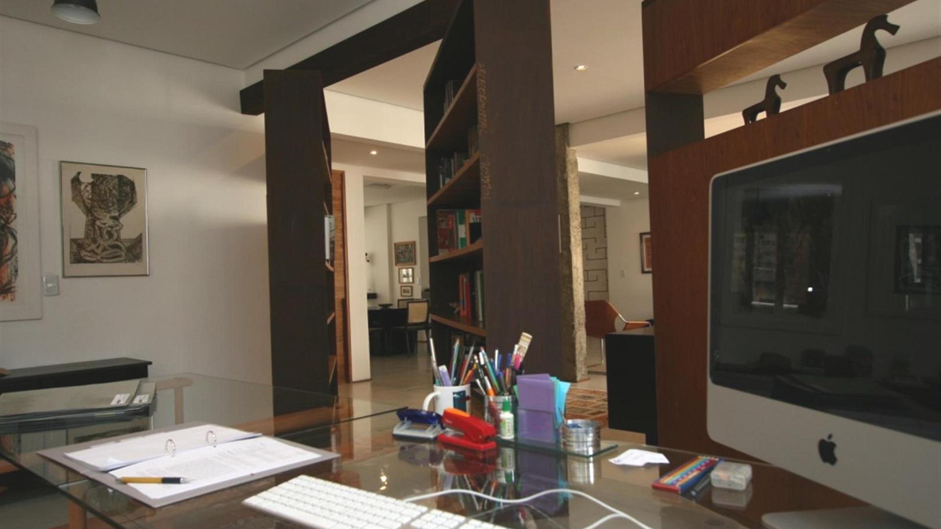 Vista do home office do projeto do escritório FGMF Arquitetos  #644835 1920x1080