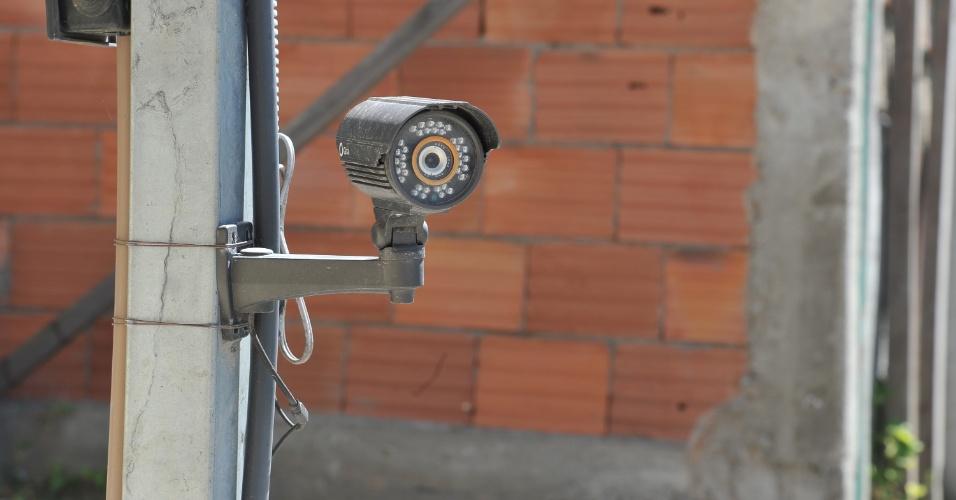Segundo relatos de vizinhos da juíza Patrícia Acioli, muitos moradores optaram por instalar câmeras de segurança desde que a magistrada foi assassinada, no dia 11 de agosto do ano passado. Alguns afirmam que se sentem inseguros na localidade.