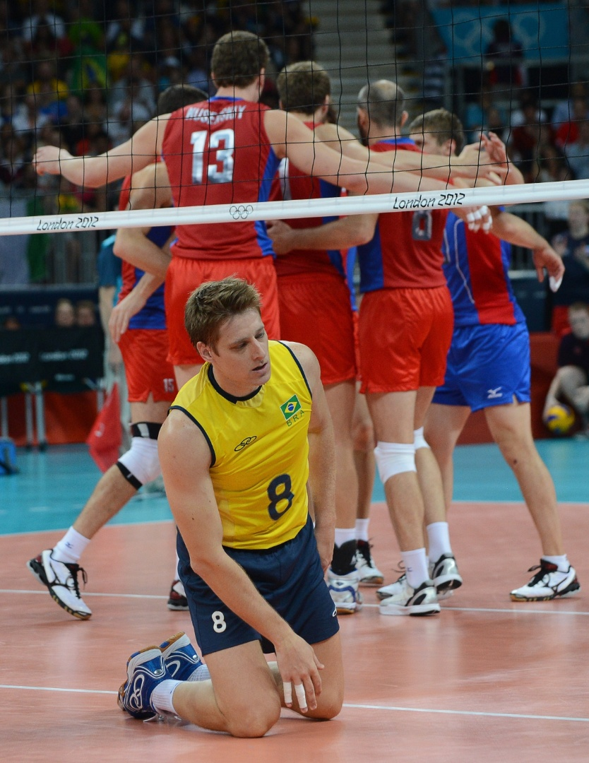 Murilo lamenta ponto russo na final olímpica do vôlei masculino