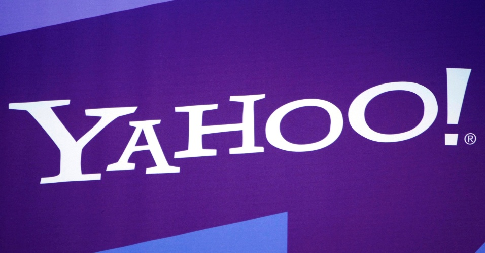 4&#186; - Yahoo!: O Yahoo!, mesmo com seus altos e baixos, ainda ocupa a quarta coloca&#231;&#227;o entre os sites mais populares do mundo, assim como no ranking de 2011, com 21,4% das visitas de usu&#225;rios de internet.   