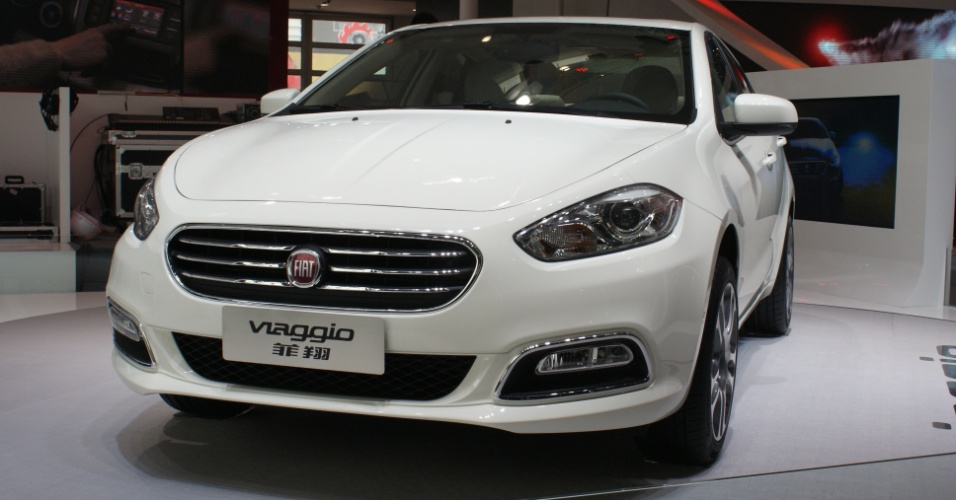 Fiat Viaggio, sed&#227; m&#233;dio baseado no Dodge Dart e fabricado sobre plataforma do Alfa Romeo Giulietta, foi apresentado no Sal&#227;o de Pequim, em abril, mas s&#243; agora teve mais detalhes revelados