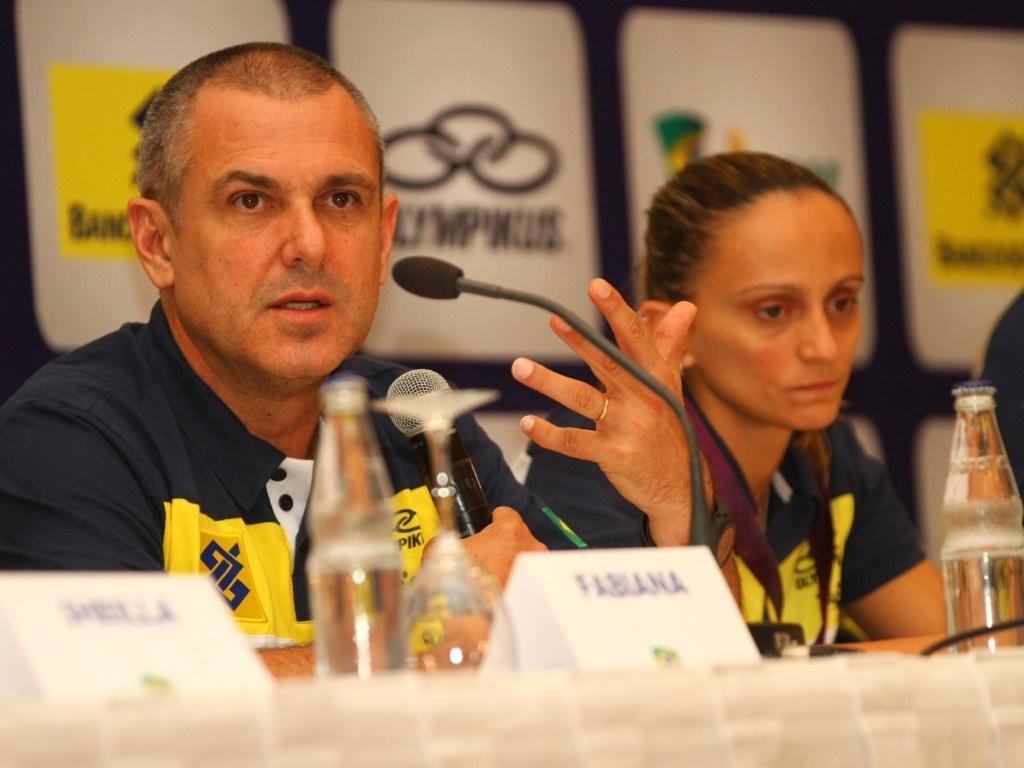 José Roberto Guimarães não garantiu permanência no comando da seleção brasileira