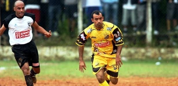Erik, atacante do Ajax da Vila Rica na Copa Kaiser