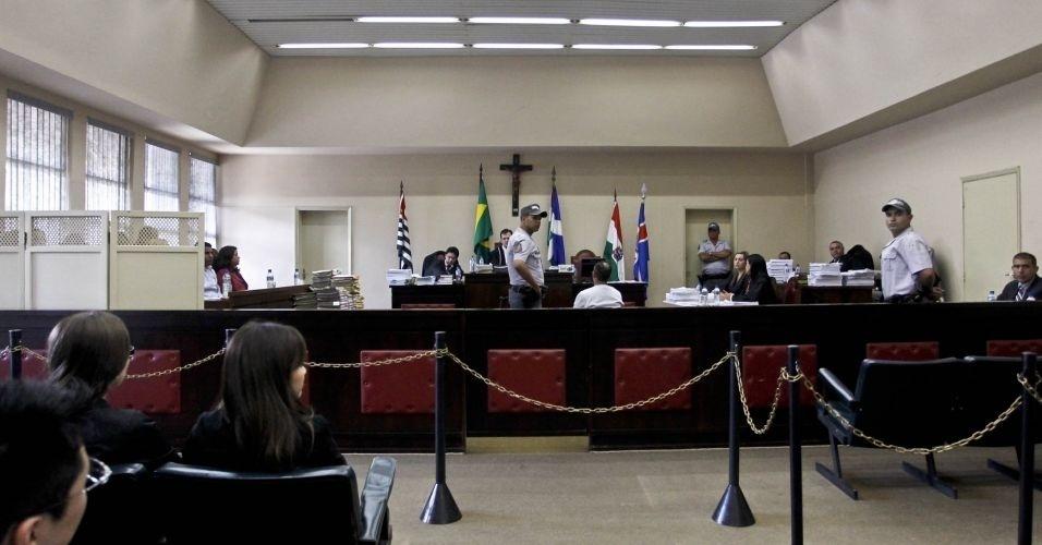 10.mai.2012 - Cinco acusados pela morte de Celso Daniel serão julgados nesta quinta-feira (10) no Fórum de Itapecerica da Serra (Grande São Paulo)