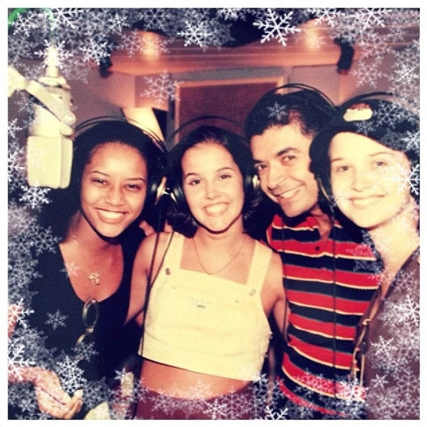 David Brazil divulga foto antiga ao lado de Taís Araújo, Deborah Secco e Fernanda Rodrigues (16/8/2012)