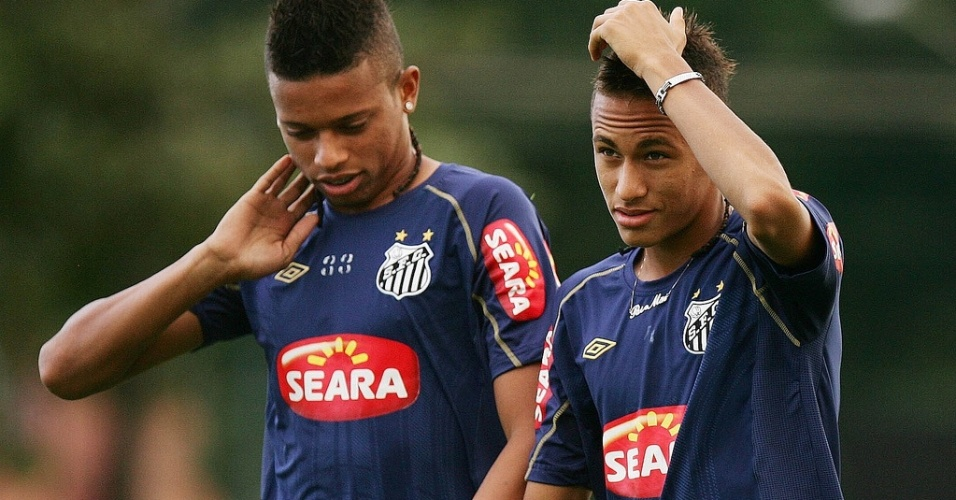 Dupla Andr e Neymar marcou 48 gols em 42 jogos entre 2009 e 2010, mdia de 1,14