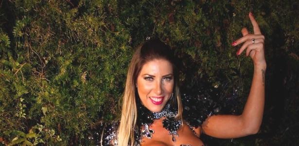 Tati Minerato participou da gravação de um clipe promocional do Corinthians