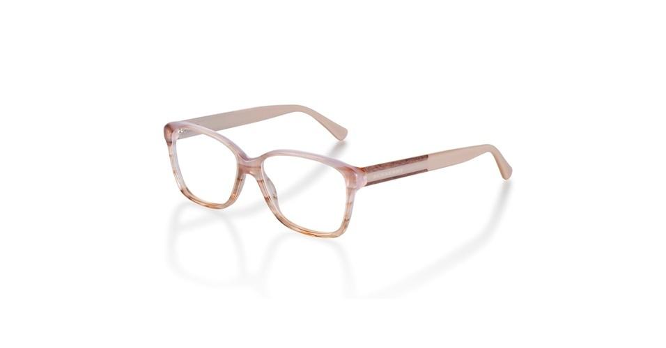 Óculos da Burberry; R$ 950, na Luxottica (Tel.: 11 4003-8225). Preço pesquisado em agosto de 2012 e sujeito a alterações