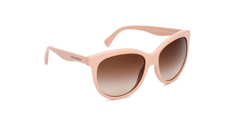 Óculos escuros com aro bege; R$ 600, da Dolce & Gabbana (Tel.: 11 4003-8225). Preço pesquisado em agosto de 2012 e sujeito a alterações