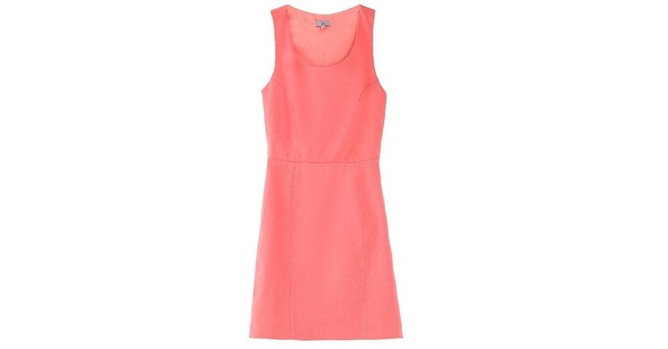 Vestido básico acinturado e decote redondo; R$ 242,40, da Têca, na Oqvestir (www.oqvestir.com.br). Preço pesquisado em agosto de 2012 e sujeito a alterações