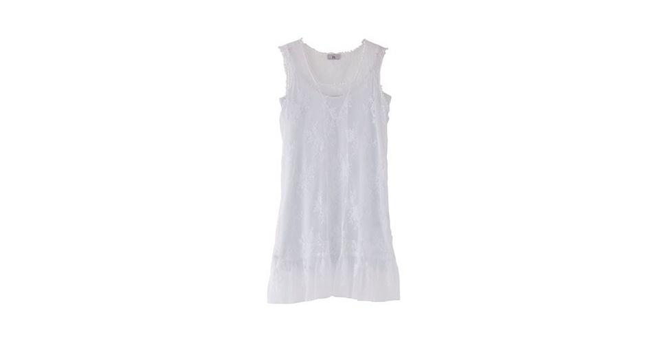 Vestido de renda branco com modelagem reta; R$ 244,50, da Têca, na Oqvestir (www.oqvestir.com.br). Preço pesquisado em agosto de 2012 e sujeito a alterações