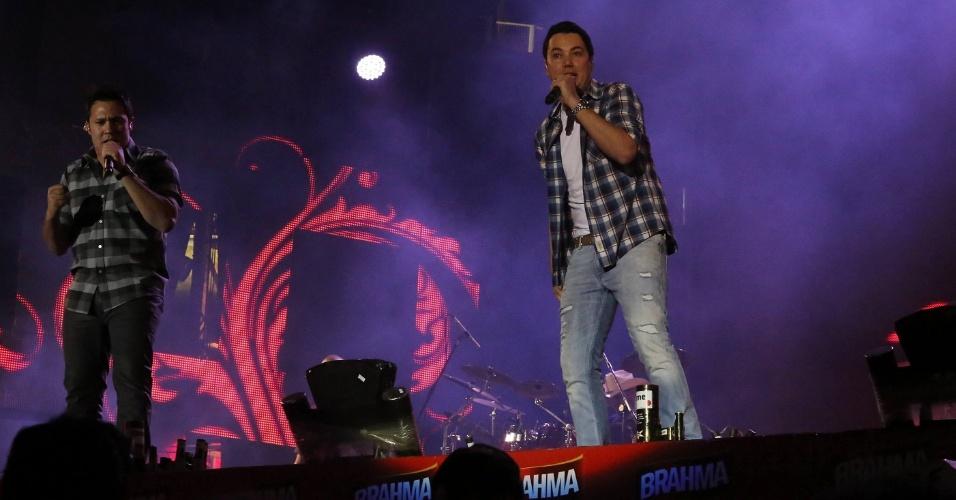 Vinícius, da dupla João Bosco e Vinícius, durante show no segundo dia da 57ª edição da Festa do Peão de Barretos (SP) (17/8/2012)