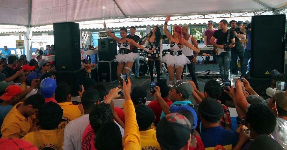 Forró, churrasco e festa para operários da Arena do Grêmio