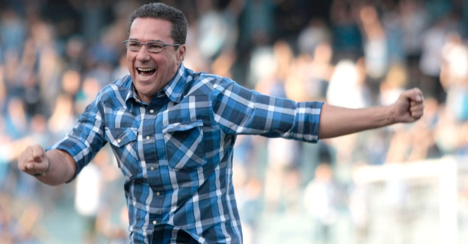 Luxemburgo comemora goleada do Grêmio contra o Figueirense  no Olímpico