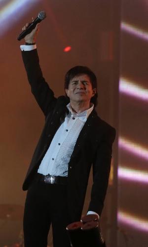 O cantor Xororó durante show da dupla Chitãozinho e Xororó no terceiro dia da 57ª edição da Festa do Peão de Barretos, no interior paulista (18/8/2012)
