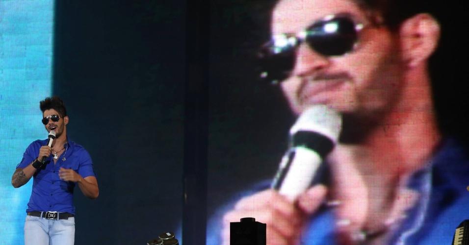 O sertanejo Gusttavo Lima se apresenta no terceiro dia da 57ª edição da Festa do Peão de Barretos, no interior paulista (18/8/2012)
