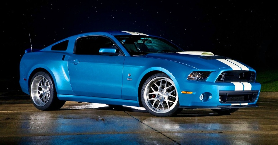 Ford Mustang GT500 Cobra 2013
