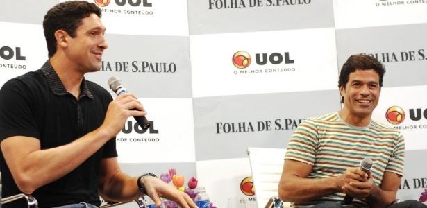 Gustavo Borges e Ra�, durante a Roda da Folhinha, conversaram com jornalistas e crian�as