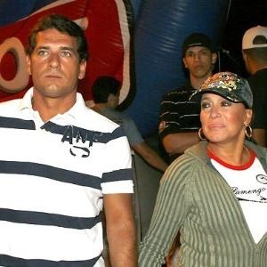 O casal Marcelo Silva e Susana Vieira no show de Ja Rule na Rocinha (2008)