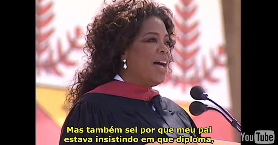 9º lugar: A aula inaugural da apresentadora de TV americana Oprah Winfrey, em Stanford, em 2008