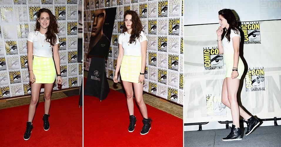 Kristen Stewart foi bem sucedida na combinação de saia justa, camiseta e sneaker. O modelo Barbara Bui que a atriz usa não é muito volumoso, o look ficou harmonioso e combina com o estilo despojado da atriz