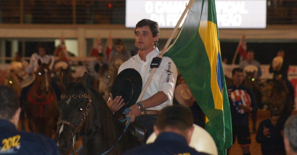 O ex-BBB Fael, montado à cavalo, abriu oficialmente a segunda semana do Rodeio de Barretos/SP, no oitavo dia da 57ª Festa de Peão (23/8/12)