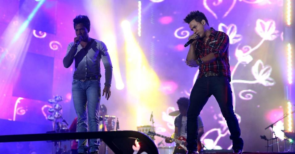 """João Lucas e Marcelo, que cantam """"Eu Quero Tchu, Eu Quero Tcha"""", se apresentam na 57ª Festa de Peão de Barretos (23/8/12)"""
