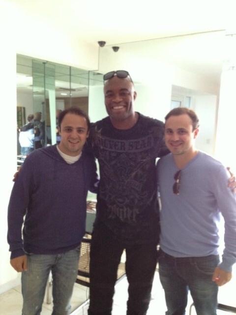 Anderson Silva se encontra com Felipe Massa e o irmão do piloto, Dudu