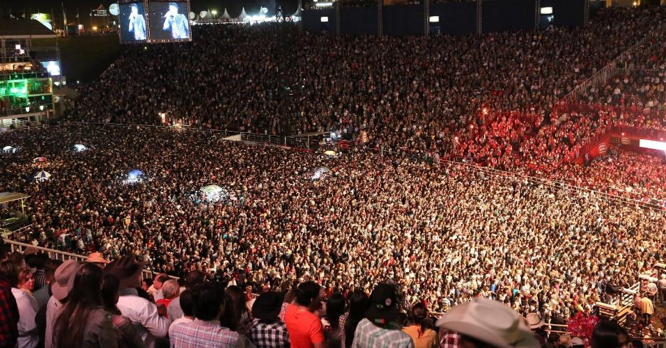 O show de Jorge & Mateus na 57ª edição da Festa do Peão de Barretos estava com os ingressos esgotados (26/8/12)