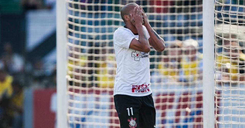 Sheik lamenta gol perdido no clássico contra o São Paulo no Pacaembu