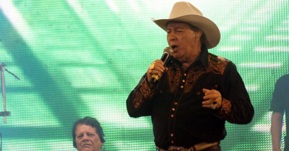 Sertanejo Milionário se apresenta no encerramento da 57ª Festa do Peão de Barretos (26/8/12)