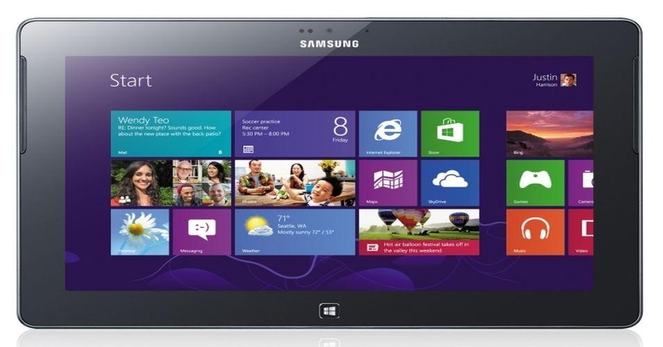 29.ago.2012 - Em dia cheio de apresentações da Samsung, a fabricante sul-coreana apresentou o tablet ATIV Tab, com sistema operacional Windows 8. O aparelho conta com tela de 10,1 polegadas, câmera de 5 megapixels e pesa 560 g