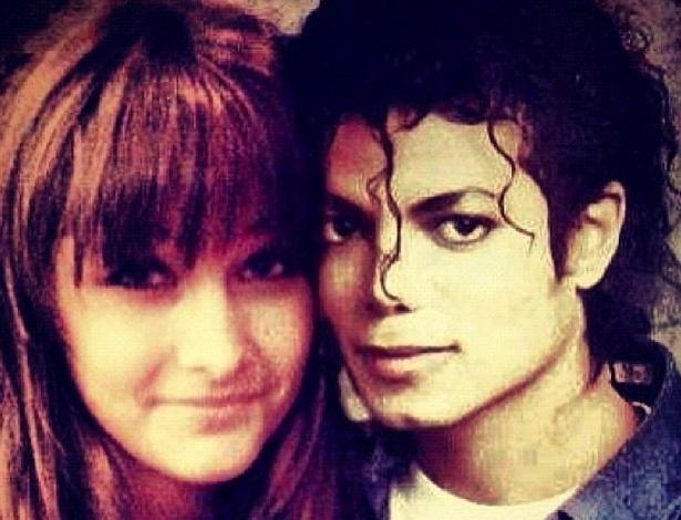 A filha de Michael Jackson, Paris, postou no Instagram uma montagem dela com seu pai, que faria 54 anos nesta quinta.