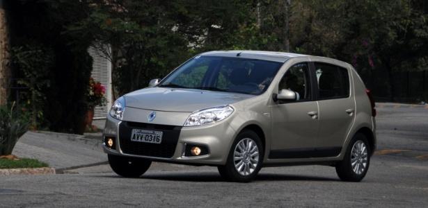 Sandero 2013 tem novo motor 1.6 8V Hi-power, que a Renault afirma ser menos beberrão