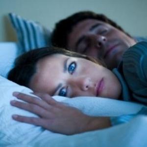 Transtornos nas horas de sono podem ter efeitos significativos sobre a regulação do peso corporal