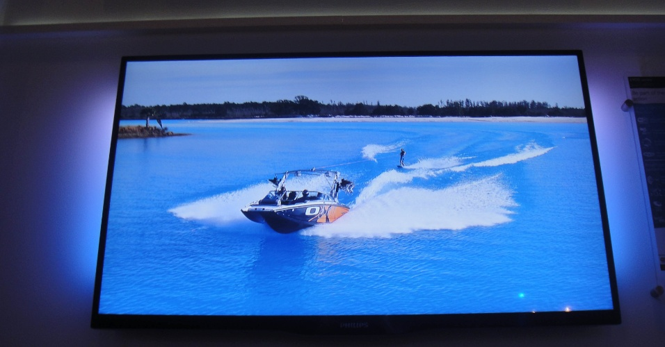 TV 3D de LED da série 6900, da Philips